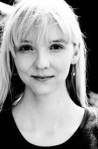 Mechthild Gläser, Autorin des Fantasy-Romans Stadt aus Trug und Schatten